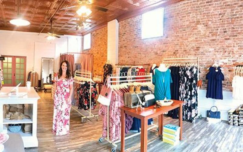 5521000d37d Blush Boutique Open In Downtown Sullivan