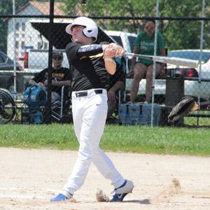 Kaden Bouse swings against Warrenton