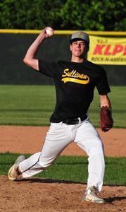 Sam Turilli delivers a pitch against Washington // Washington Missourian photo